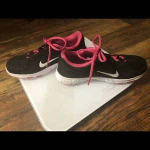 Nike Training Women's Sneakers Size 6